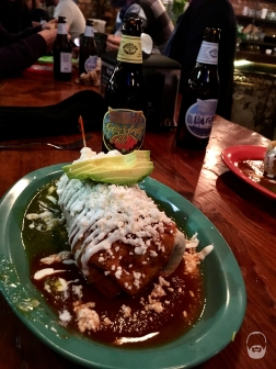 Ein Burrito Chicken Chinga mit extra Avocado.
