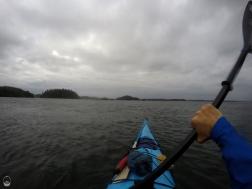 Größeres Paddelstück zur nächsten Inselgruppe,...