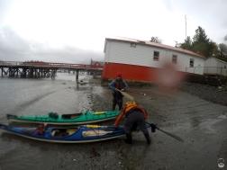 Kayaks aus dem Wasser...
