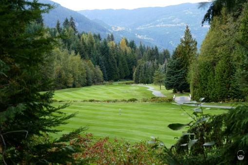 ...Golf Course rechts.