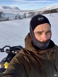 Mein PiZ Zimtstern Anzug ist außen gefroren, aber innen mollig warm.