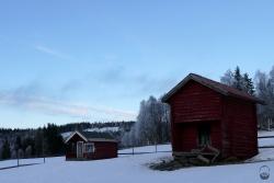 ...zwischen typisch schwedischer Bauweise bereit.