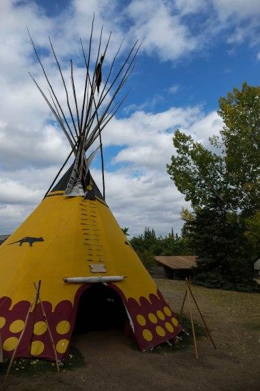 Die Friedenspfeife bei den Blackfoot Indianer lehnen wir dankend ab...